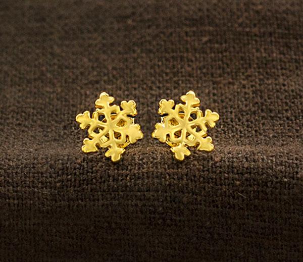 18K Gold Plated Sterling Silver Vermeil 4mm Spike Post Stud Earrings.